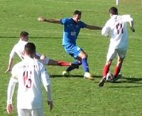 Gol stadiony świata pozbawia Cosmos zwycięstwa. Remis w meczu z Unią Tarnów (SKRÓT MECZU, FILM)