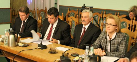DZISIAJ: O zmianach budżetowych oraz aktywizacji bezrobotnych na najbliższej sesji Rady Powiatu