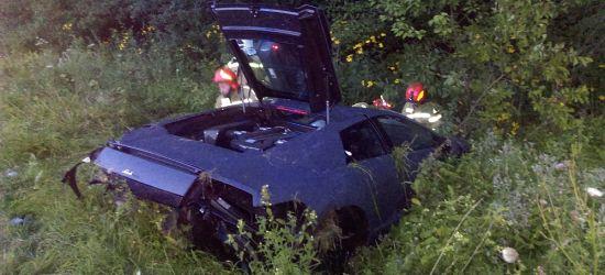 Niebezpiecznie w Załużu. Lamborghini wypadło z drogi! (ZDJĘCIA)
