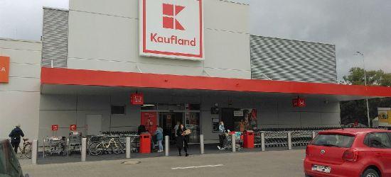 Kaufland wprowadza usługi pocztowe. Sklepy będą otwarte w niedziele niehandlowe