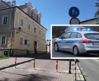 SANOK: Nocny pościg sanockich policjantów. Kierowca audi wjechał w muzeum i uciekł! (ZDJĘCIA)