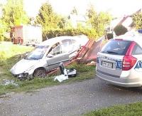 Pijany kierowca zdemolował przystanek autobusowy
