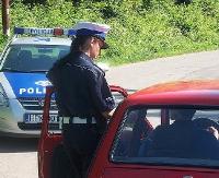 Pijany i bez prawa jazdy wiózł córkę ze szkoły