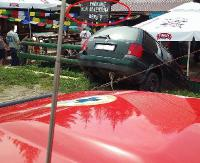 Zaparkował na barowych stolikach. Interweniowali goprowcy (ZDJĘCIA)