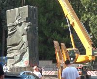 SONDA: Relikt komunistycznej propagandy czy pomnik wdzięczności? (FILM)