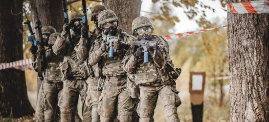 SANOK. 16 żołnierzy WOT, w tym 5 kobiet na kursie podoficerskim! (ZDJĘCIA)