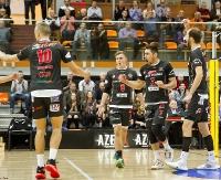SIATKÓWKA: O losach zwycięstwa decydował zacięty tie-break. Minimalna przegrana TSV Sanok z AGH Kraków (FILM, ZDJĘCIA)