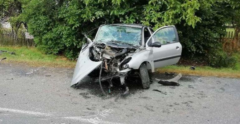 AKTUALIZACJA / REGION: Tragiczny wypadek, nie żyje 54-letni kierowca daewoo (ZDJĘCIA)