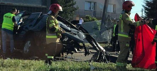 REGION: Tragiczny wypadek. 20-latek zginął na miejscu (FOTO)