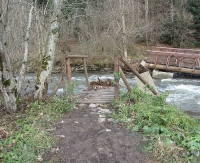 UWAGA! Zniszczony most na szlaku między Ustrzykami Górnymi a Połoniną Caryńską (ZDJĘCIA)