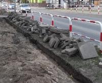 SANOK: Trwa remont odcinka chodnika na ul. Lipińskiego (ZDJĘCIA)