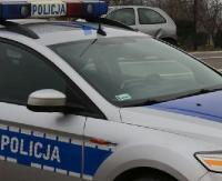 Radiowóz dachował w Brzozowie. Policjant odniósł niegroźne obrażenia