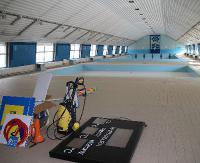 SANOK: Kryty basen zamknięty. W przyszłym tygodniu rozpocznie się jego wyburzanie (ZDJĘCIA)