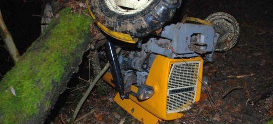 Tragiczny wypadek. 62-latek wywoził drewno. Niestety był sam (ZDJĘCIA)