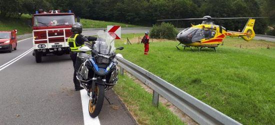Wypadek na serpentynach. Motocyklista uderzył w barierę (VIDEO, ZDJĘCIA)