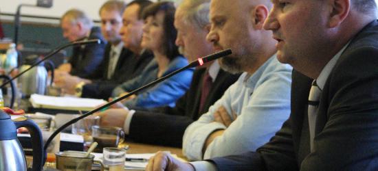 """BLOGI ESANOK.PL: ,,Pracujemy…"""" Jan Wydrzyński o miejskich komisjach"""