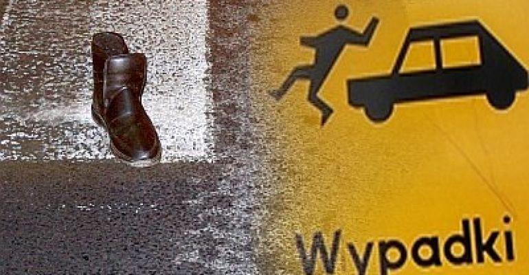 Potrącenie na przejściu. Mężczyzna zmarł w drodze do szpitala