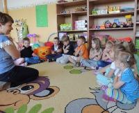 Uczą przedszkolaki języka migowego