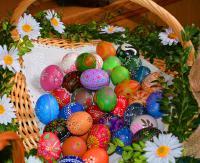 SANOK: Wielkanoc za pasem. Pisanki, stroiki, palmy. Tradycyjne, ale też nowoczesne (FILM, ZDJĘCIA)