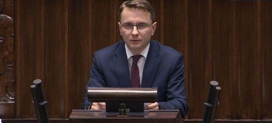 Wystąpienie Piotra Uruskiego w Sejmie. Pomoc dla samorządów (VIDEO)