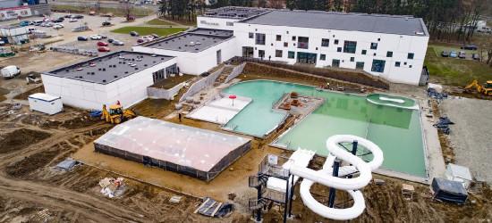 SANOK: Testy szczelności niecek na basenach zewnętrznych. Zobaczcie zdjęcia!