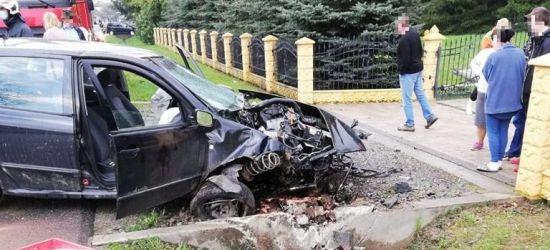 Wypadek w Haczowie. Młoda kobieta uderzyła w betonowy przepust (ZDJĘCIA)