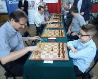 Młody pasjonat szachów na turniejach. Wśród arcymistrzów i rówieśników (ZDJĘCIA)