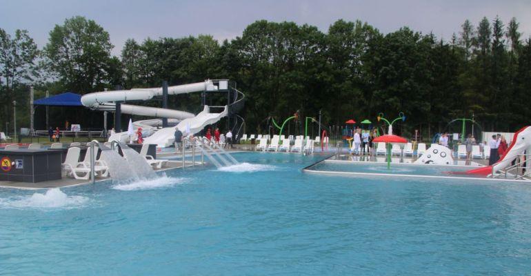 Wielka atrakcja już działa! Sanok ma nowoczesne baseny! (VIDEO, ZDJĘCIA)