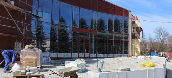 Od nowego roku akademickiego studenci sanockiej PWSZ będą korzystać z nowoczesnej hali sportowej (FILM, ZDJĘCIA)