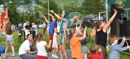 Baligrodzki Piknik Rodzinny. Niespodzianki, przejażdżki quadem i słodkości (FOTO)