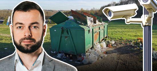 Burmistrz Ustrzyk Dolnych zdecydował się na fotopułapki. Terapia szokowa przyniesie skutek? (VIDEO)