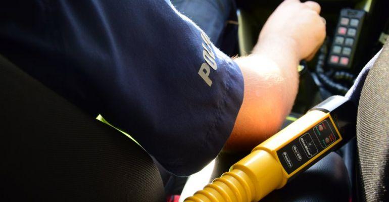 SANOK: Obywatelskie zatrzymanie pijanego kierowcy i policyjny pościg
