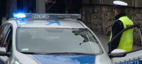 BRZOZÓW: 12-latka mocno krwawiła. Eskorta policji