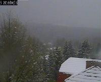 W Bieszczadach sypnęło śniegiem. Kamera z Wetliny na żywo