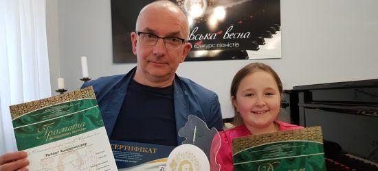SANOK: Laura zachwyciła muzyków w Łucku. Młoda pianistka na konkursie chopinowskim
