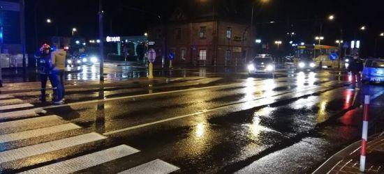SANOK: Groźny wypadek na największym skrzyżowaniu. Siedem osób w pojazdach