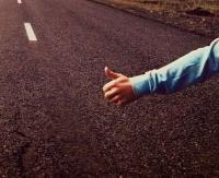 Obcokrajowiec, auto pełne dzieci, brak paliwa – uwaga tak działa oszust!