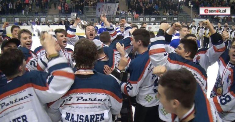 AKTUALIZACJA / HOKEJ: Złoto dla sanoczan! Niedźwiadki mistrzami Polski! (FETA NA TAFLI, VIDEO)