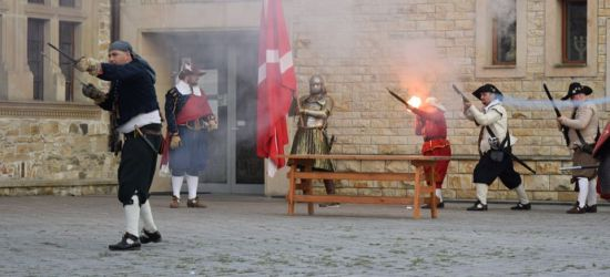 Wybuchy armat, bitwa na szable, odbicie kompana (ZDJĘCIA)