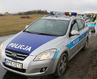 KRONIKA POLICYJNA: Wypadek podczas wycinki, fałszywe banknoty, za kółko z 2 promilami, nękanie i groźby