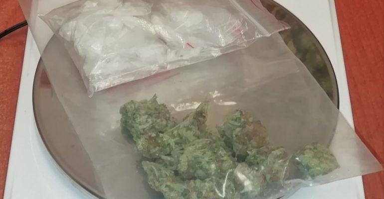 PODKARPACIE. 24-latek miał przy sobie narkotyki. Wpadł podczas kontroli drogowej (FOTO)