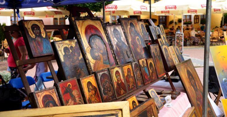 JARMARK IKON: Tłumy na Rynku. Rękodzieła, regionalne jadło i muzyka (FOTORELACJA)