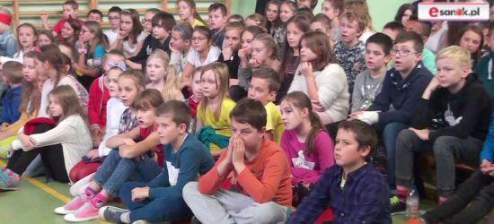 """""""Poznaję świat – poznaję siebie"""" (VIDEO)"""