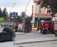 Akcja na parkingu wielopoziomowym. Rozszczelnienie instalacji LPG w osobówce (ZDJĘCIA)