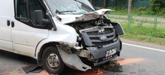 UWAGA! Zderzenie trzech pojazdów w Zarszynie. Jedna osoba w szpitalu (ZDJĘCIA)