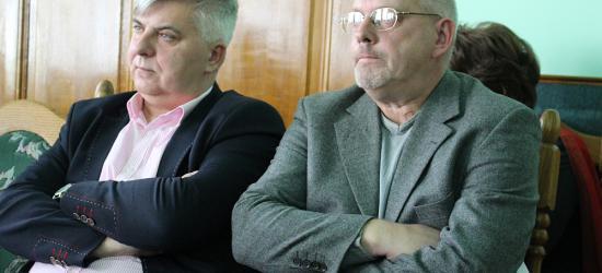 POWIAT SANOK: Tragiczna sytuacja w powiatowej oświacie! Burzliwa dyskusja w trakcie sesji (FILM)