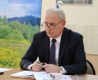 POWIAT LESKI: Rada uchwaliła podwyżki dla starosty i radnych. Szef powiatu zaskoczył tuż po głosowaniu (FILM, ZDJĘCIA)