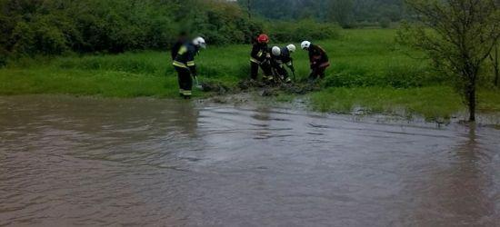 POWIAT SANOCKI: Zalane domy i postawione zapory przeciwpowodziowe (FOTO)