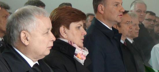 PiS pielgrzymuje do Strachociny. Kaczyński i Duda oddają cześć św. Andrzejowi Boboli (FILM, ZDJĘCIA)
