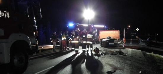 REGION: Tragedia na drodze. Nie żyją dwie osoby (FOTO)